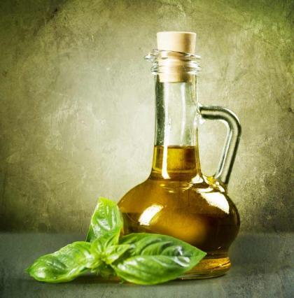 Remedio Casero de Dolor De Cabeza- Aceite de Albahaca - Image