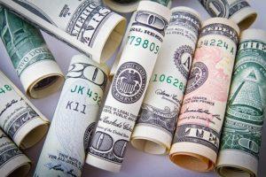 image- dolares para representar como atraer el dinero