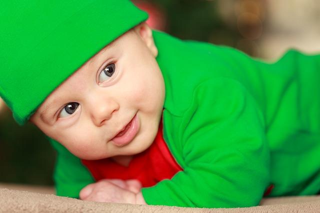 Imagen de bebe inocente